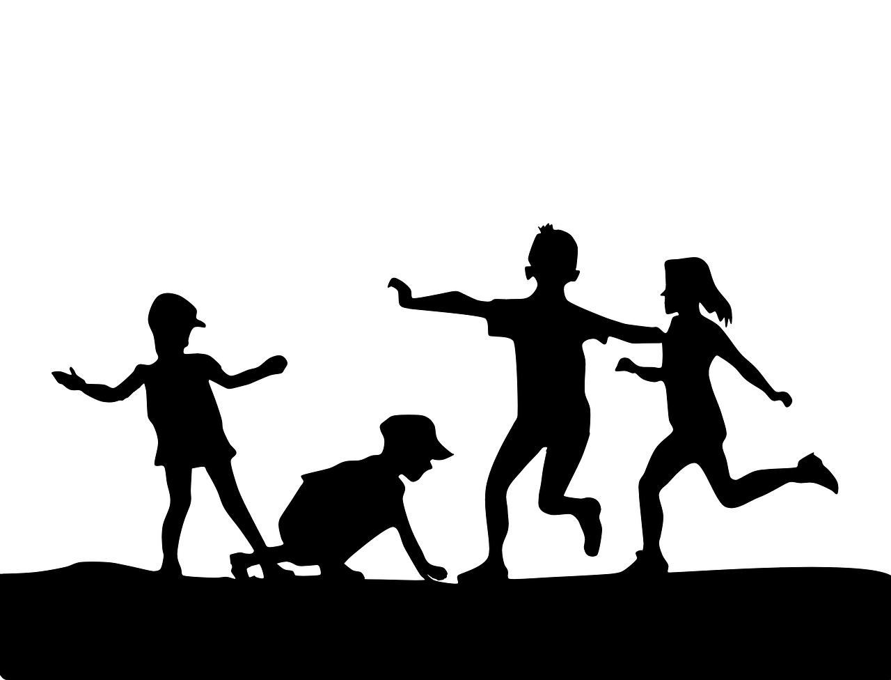 child-playing-1717815_1280